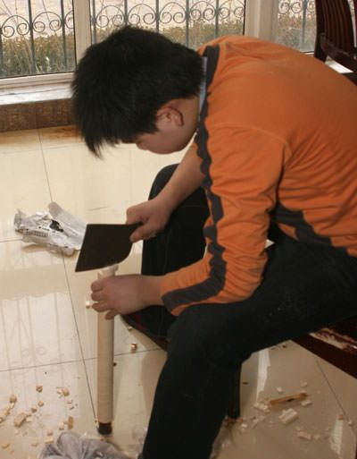 Cutting wooden wall scroll rollers