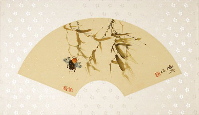 "See how ""Fan-Style Bee Painting"" would look after being professionally framed"
