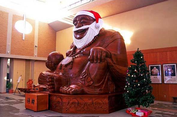 Buddha Claus