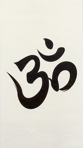 Om Symbol - Unryu Wall Scroll close up view